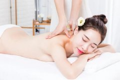 去美容院做美容好吗,去美容院真能改善皮肤?