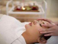 美容院做头疗的好处和功效