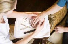 美容师怎样提高销售能力,提高顾客到店率?