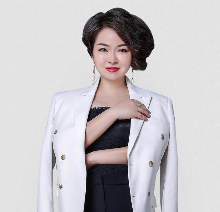 袁琴(尚你美钻石总裁、羽茜肤品牌副总经理)